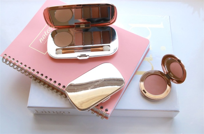 JI compacts with blush